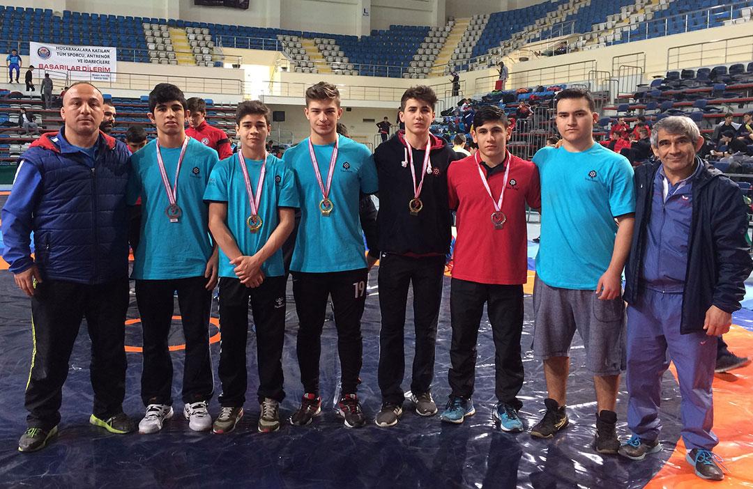 Güreş Takımımız Marmara Bölge Şampiyonu Oldu