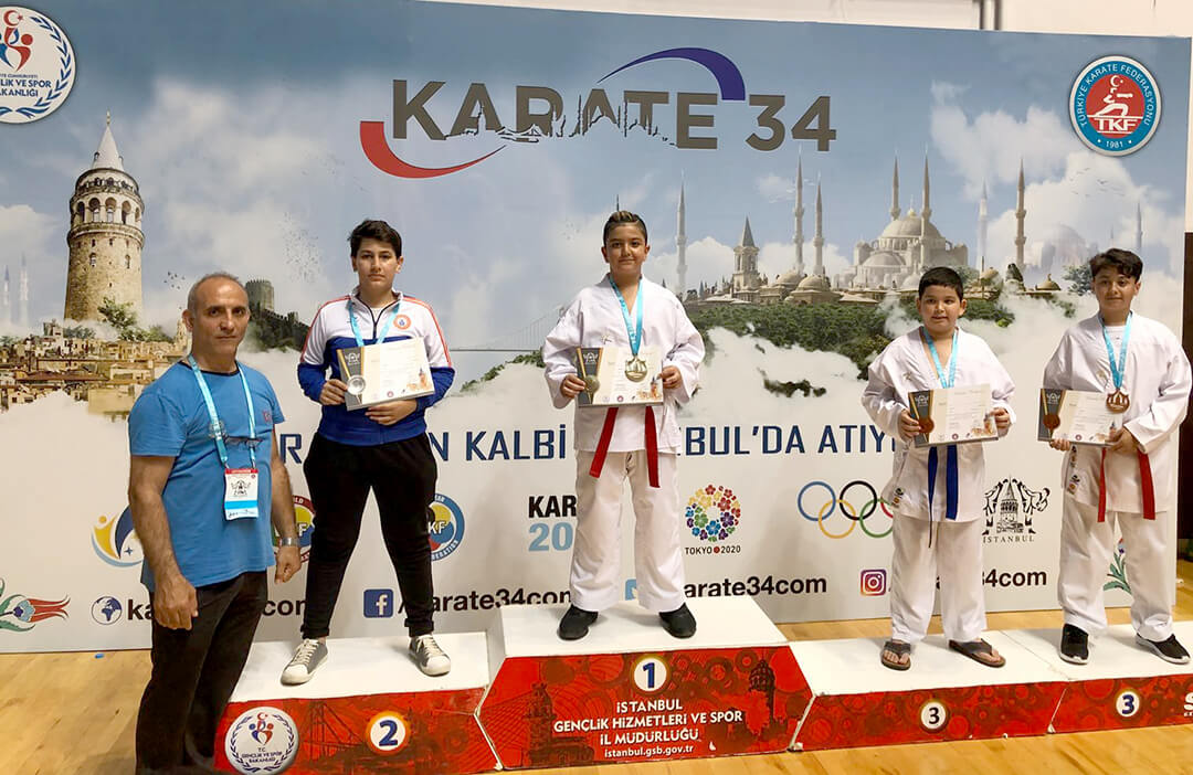 Karate34'de Üç Birincilik