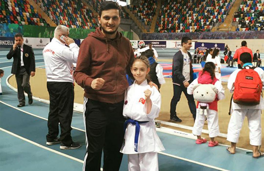 Öğrencimiz Karate Turnuvasında İkinci Oldu