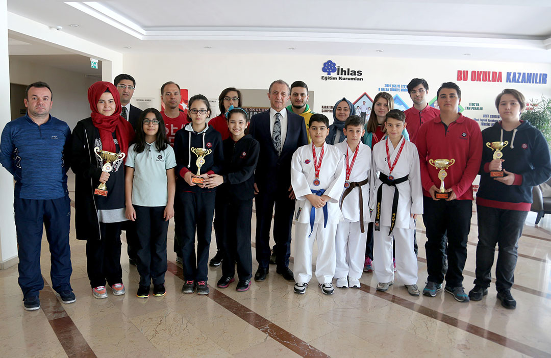 Öğrencimiz Karatede Türkiye Şampiyonu Oldu