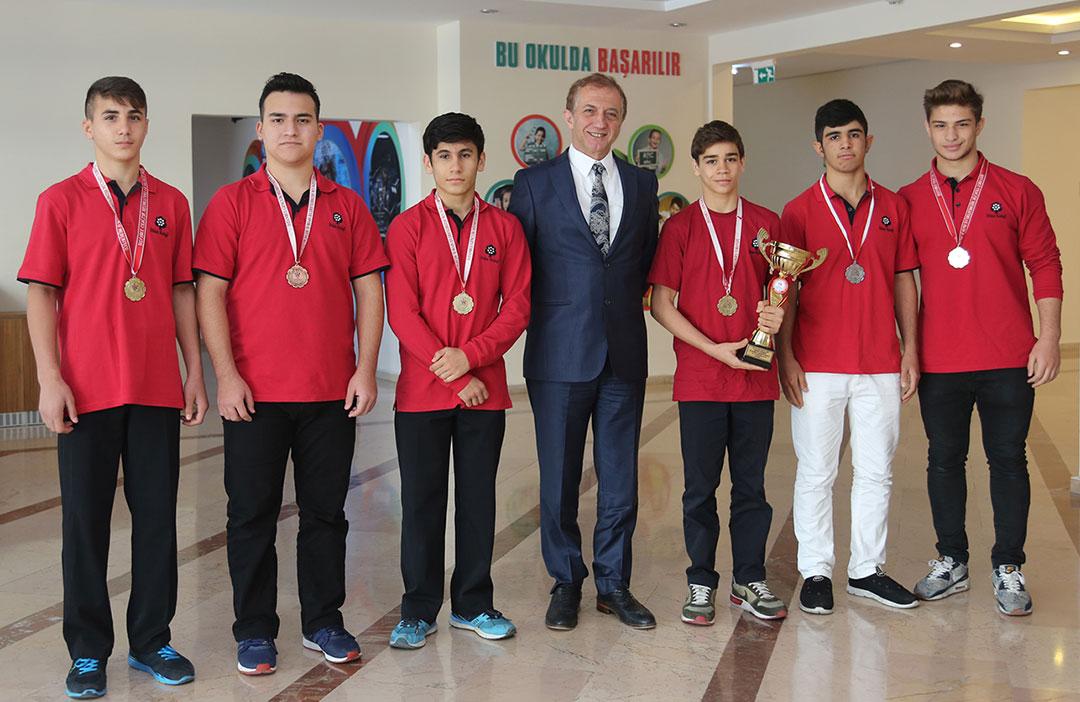 Güreşte Türkiye Şampiyonu Olduk