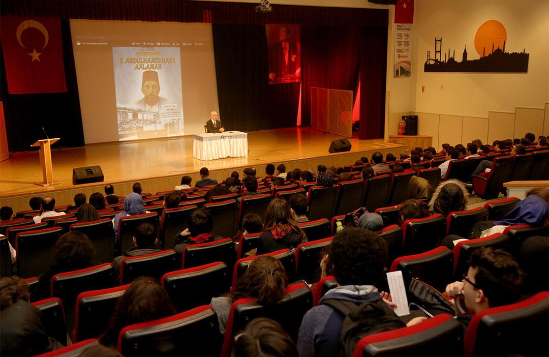Okulumuzda II. Abdülhamid Han Konferansı Düzenledik