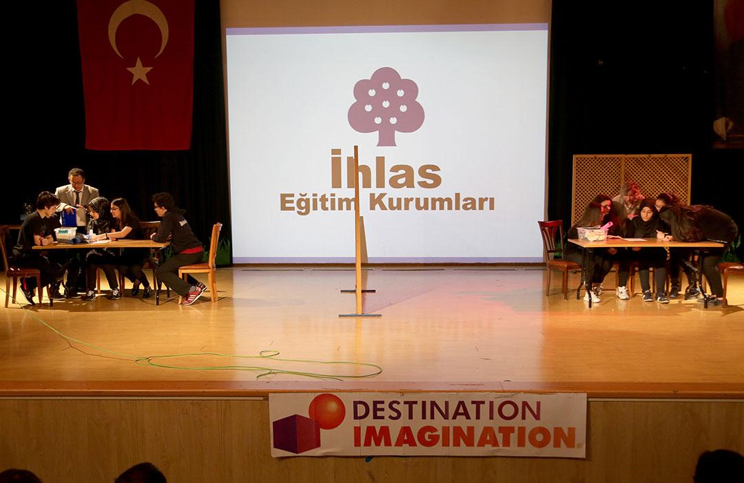 İngilizce Formatlı Yarışma Düzenledik