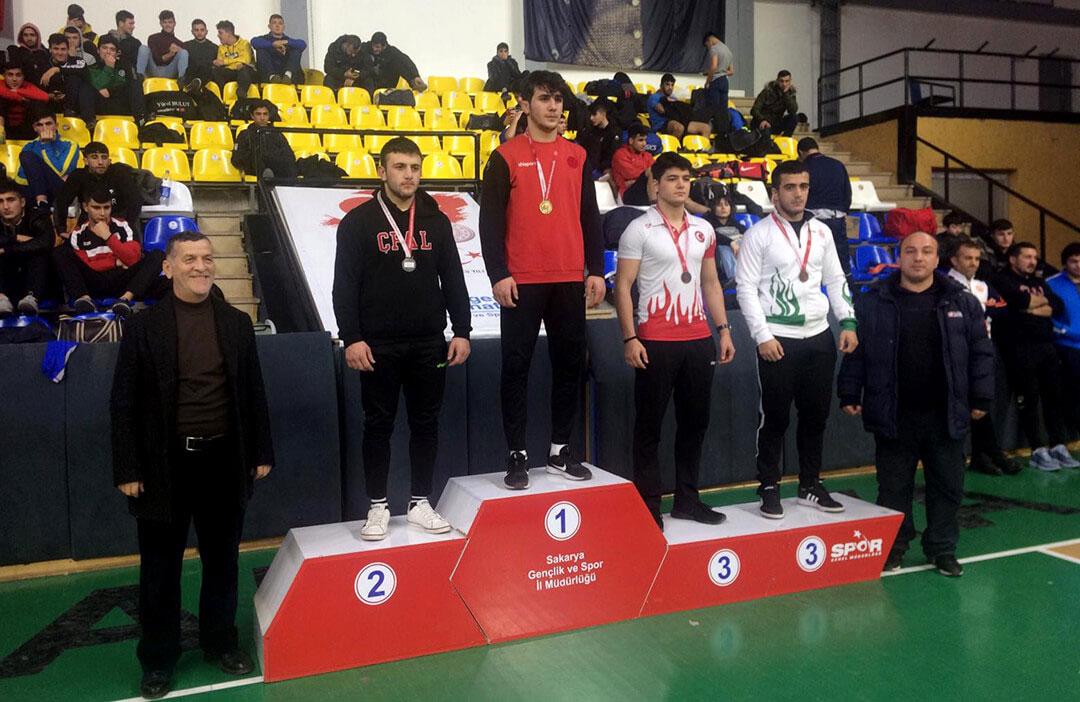 Öğrencimiz Furkan Taş'tan Güreşte Şampiyonluk