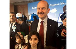 Öğrencimiz Zeynep Merve Keleş, İçişleri Bakanlığı Göç İdaresi Genel Müdürlüğü tarafından düzenlenen resim yarışması'nda ilk 10'a girmeyi başardı.