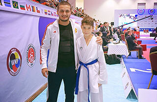Karate Spor Kulübümüzün sporcuları Elif Şişmanoğlu ve Ceyhun İlgün, Ordu'da düzenlenecek olan Karadeniz ve Hazar Ülkeleri Karate Şampiyonası için milli takıma davet edildi.