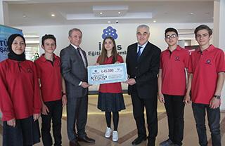 Özel Marmara Evleri İhlas Anadolu ve Fen Lisesi öğrencileri