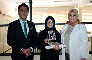 Öğrencimiz Ayşe Levent Resim Yarışmasında İstanbul İkincisi Oldu
