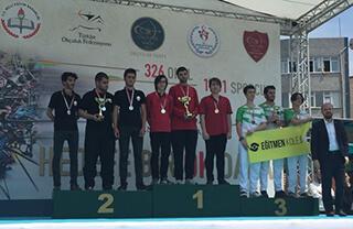 Özel İhlas Anadolu ve Fen Lisesi Genç Erkekler Olimpik ve Makaralı Yay Takımları Okullararası Okçuluk Müsabakalarında İstanbul Şampiyonu oldular.