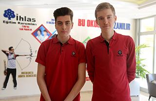 TÜBİTAK tarafından düzenlenen 50. Lise Öğrencileri Araştırma Projeleri Yarışması'nda Özel İhlas Anadolu Lisesi öğrencileri Ahmed Selim Ekinci ve Metin Şar'ın hazırladıkları