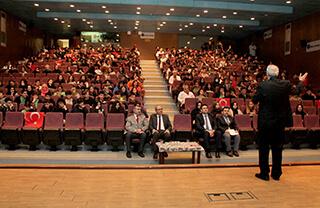 İhlas Kolejinde 15 Temmuz Şehitleri Anıldı