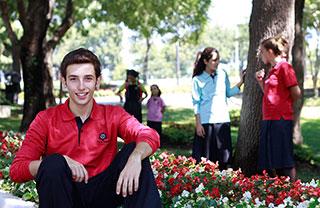 İhlas Eğitim Kurumları Öğrenci Kıyafetleri