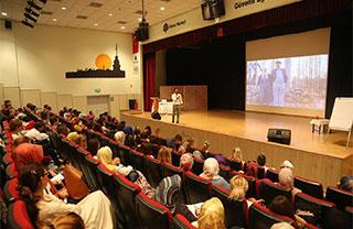 İhlas Eğitim Kurumları Özgür Bolat'ı Ağırladı