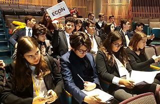 Öğrencilerimiz Avrupa'nın Sorunlarını Tartıştı