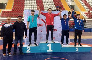 Özel Bahçelievler İhlas Anadolu Lisesi öğrencisi Furkan Taş Sivas'da yapılan Okullar Arası Gençler Türkiye Güreş Şampiyonası'nda Türkiye İkincisi oldu.