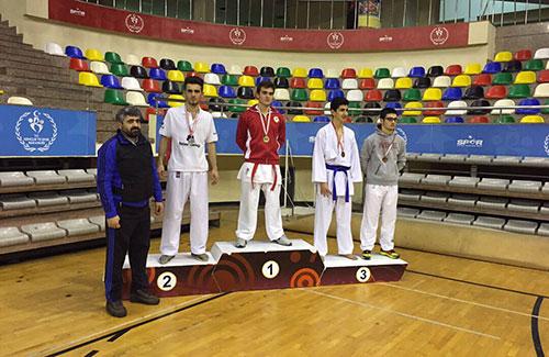 Güreş ve Karatede İstanbul İkincilikleri