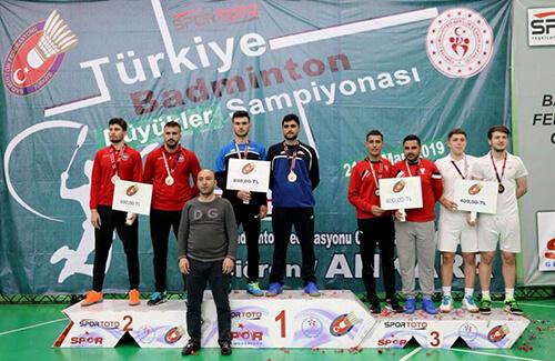 Badmintonda Türkiye Üçüncülüğü