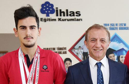 Öğrencimiz Kürekte Türkiye Şampiyonu Oldu