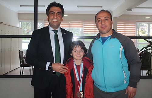 Yüzmede İki İstanbul Şampiyonluğu