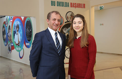 Öğrencimiz Avrupa Gençlik Parlamentosu'na Seçildi