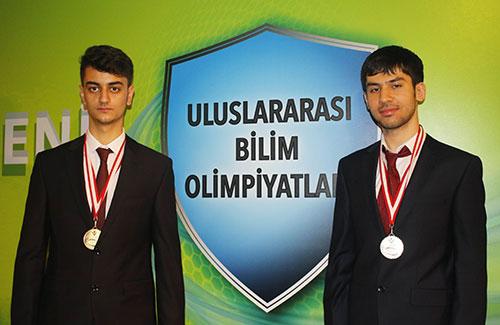TÜBİTAK'tan İhlas Kolejine İki Altın Madalya