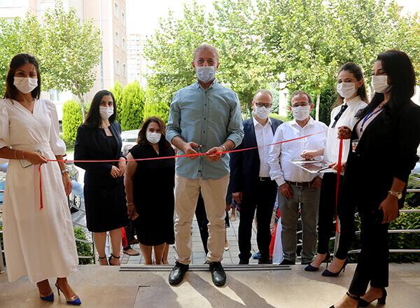 İhlas Koleji yeni bir uygulamaya imza atarak Ispartakule Bizimevler 3'de Çocuk Akademisi açtı.
