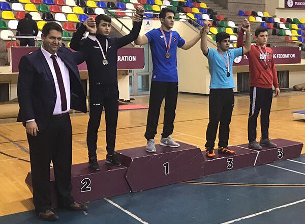 Güreşte İki Altın Madalya Kazandık