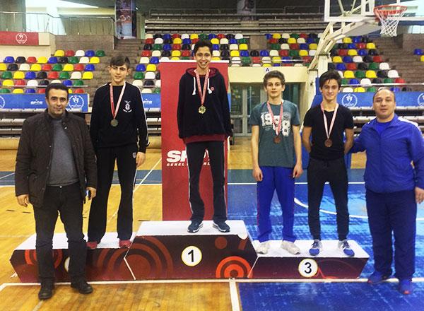 Özel Marmara Evleri İhlas Fen Lisesi öğrencisi Oğuz Kılıç İstanbul Okullararası 17-18 Yaş Gençler Güreş Şampiyonası'nda 46 kiloda İstanbul Şampiyonu oldu.