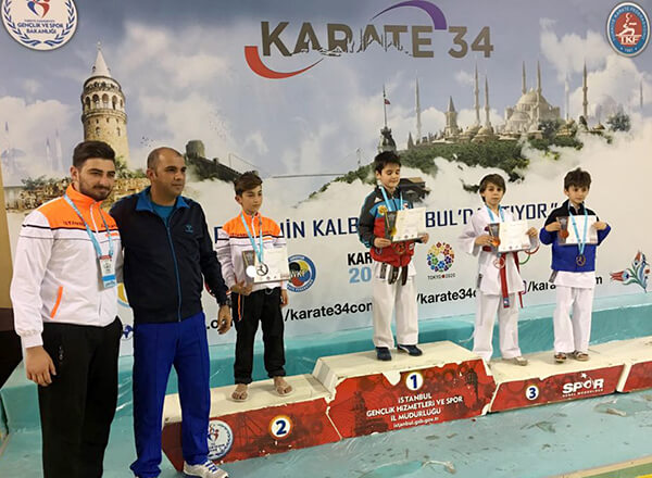 Karatede İki İstanbul Şampiyonluğu